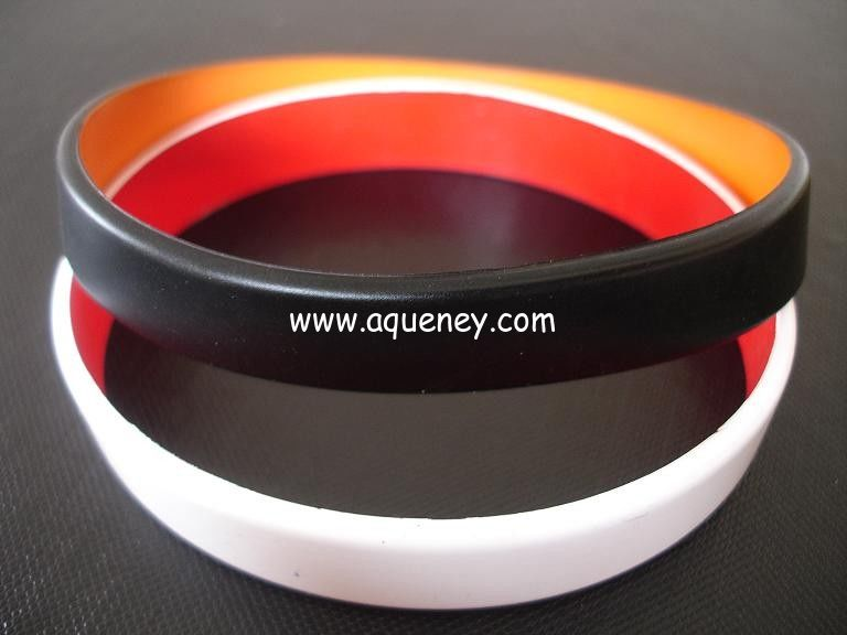 2 layers silicone bracelet, Top quality two layers silicone bracelet,wristbands, Custom made colors