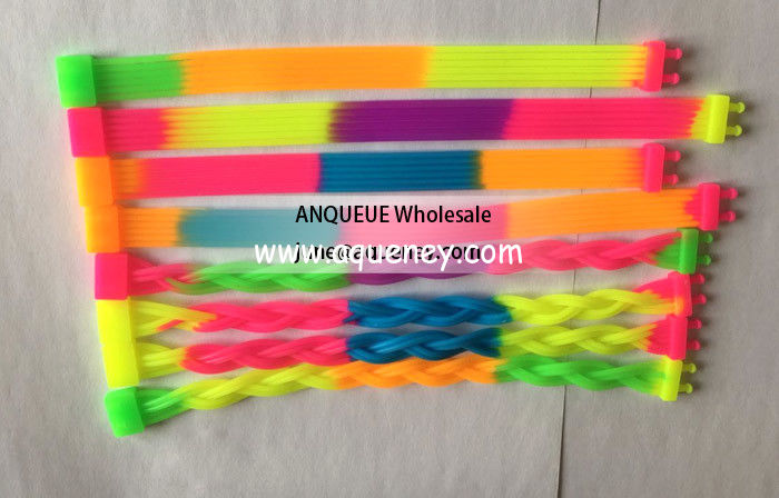 Wholesale custom cheap rainbow bulk cheap silicone wristbands