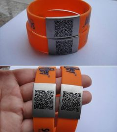 2017 new fashion OEM silicone ID bracelet, color Medical Bracelet with Clasp