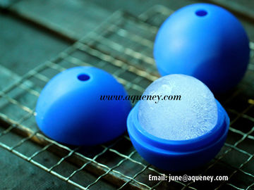 China Soccer ball silicone mold ice ball cube tool, silicone ice ball tray factory